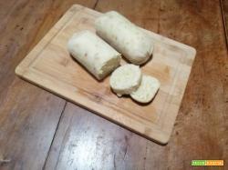 Serviettenknödel – Gnocchi di pane nel tovagliolo