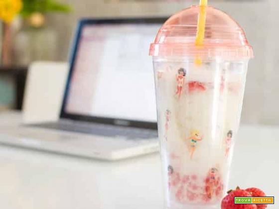 Bubble Tea alla fragola, la bevanda fashion a caccia di Like!
