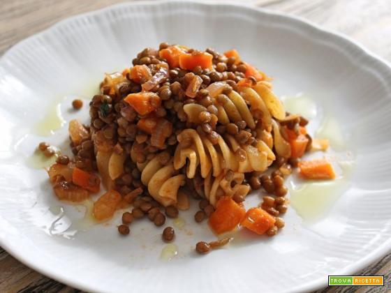 Fusilloni al ragù di lenticchie