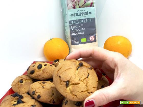 Biscotti morbidi all'arancia e gocce di cioccolato gluten free