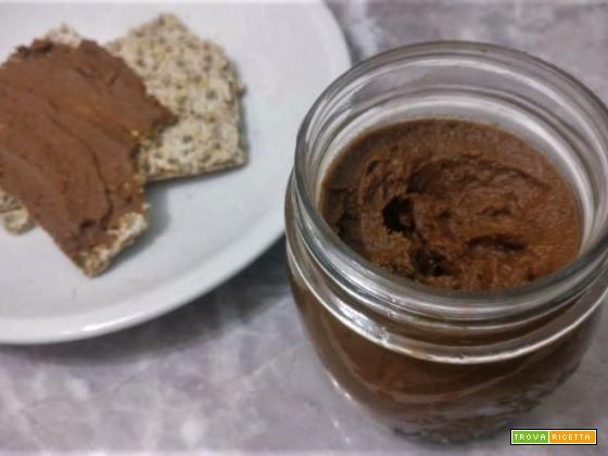 Crema vegan senza zucchero di cacao e cannella