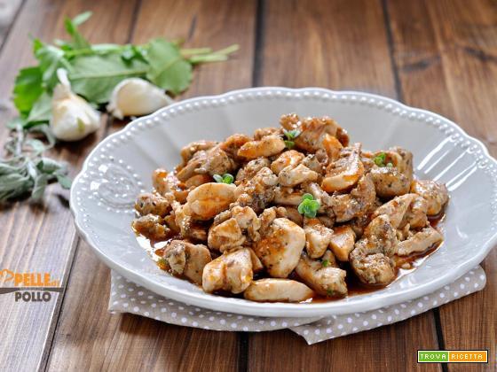 Straccetti di pollo alle erbe e pomodoro