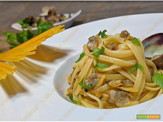 Linguine con vongole veraci aglio e peperoncino