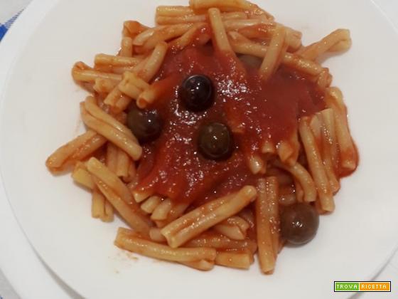 Pasta capperi e olive