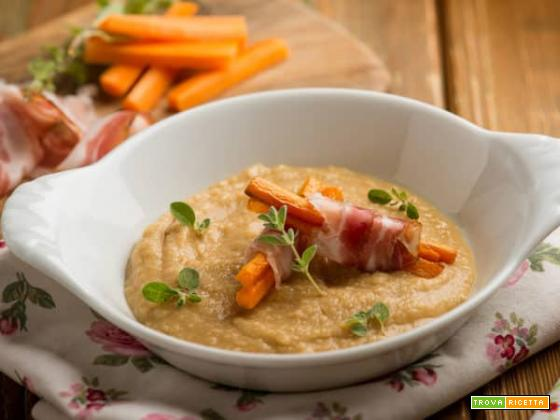Vellutata di ceci con carote e pancetta: un primo vellutato