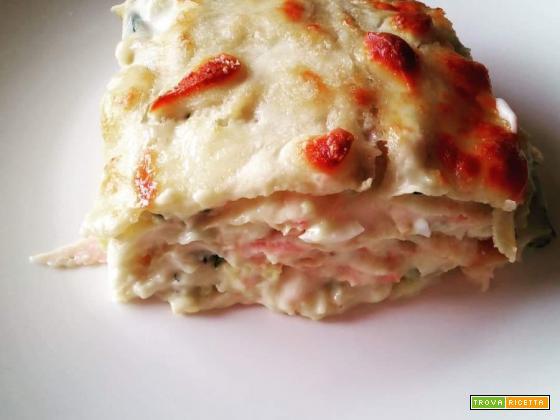Parmigiana bianca con zucchine pastellate