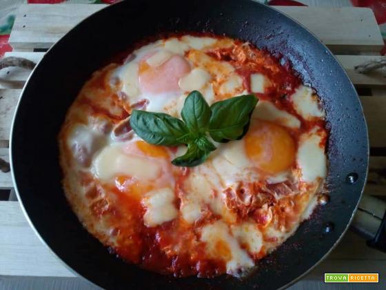 Uova al purgatorio con provola