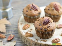 Muffin al Caffè con Noci Pecan e Gocce di Cioccolato