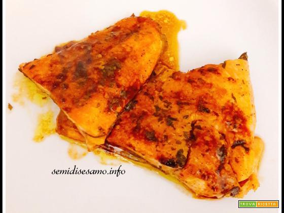 Trota salmonata curcuma e salsa di soia