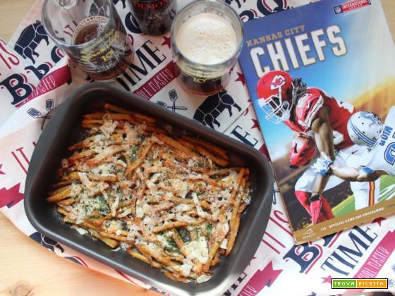 Cheese fries: le patatine fritte con formaggio filante