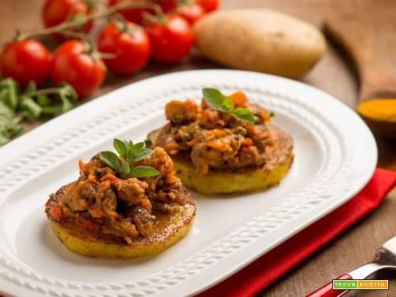 Stuzzichiamo l'appetito con le tartine di patate alle vongole