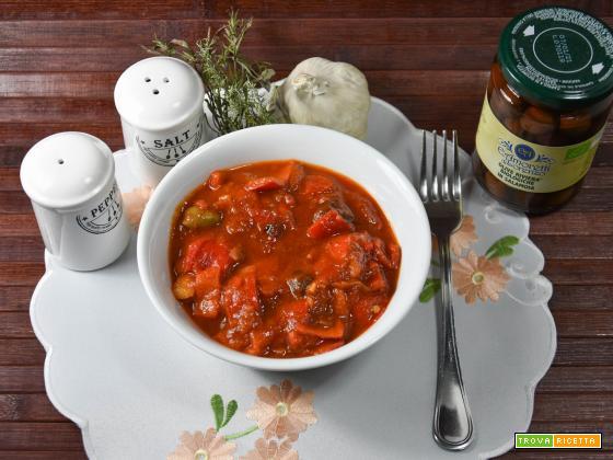 Antipasto di peperoni e tonno alla salsa Ketchup piccante