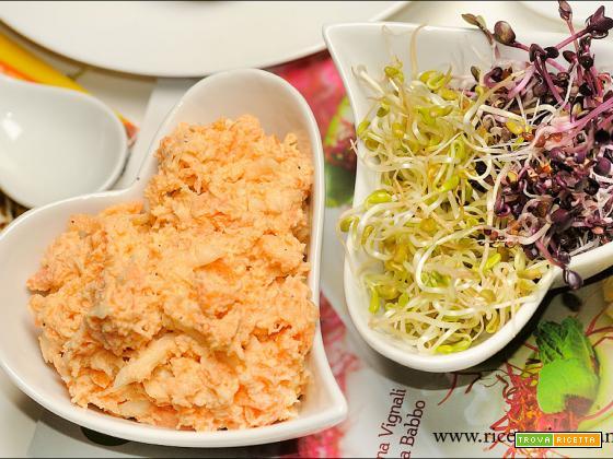 Spalmabile agli anacardi, sedano rapa e carote
