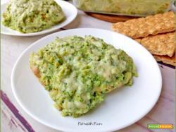 Lasagna di Wasa alla Besciamella di Broccoli