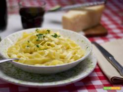 Fettuccine Alfredo: il piatto italiano più amato