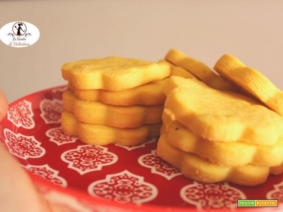 Biscotti di sablè salata, ideali per aperitivi ma anche come merenda alternativa