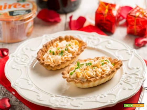 Barchette di pasta brisée con mousse al salmone di Exquisa