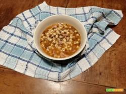 Pasta con lenticchie e zampone