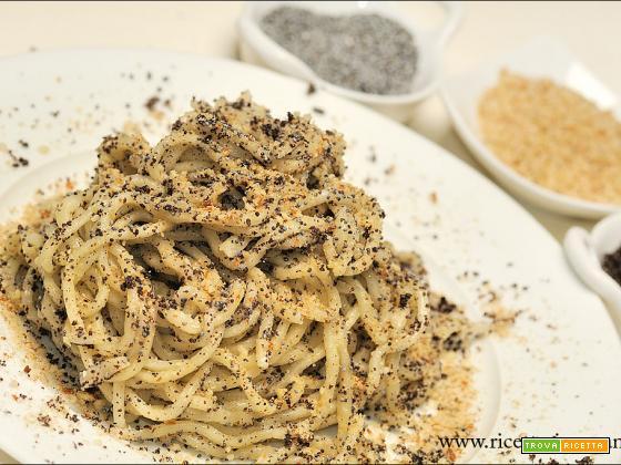 Tagliolini di semola con papavero in versione salata