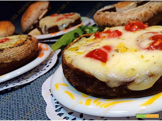 Funghi ripieni con mozzarella e pomodoro