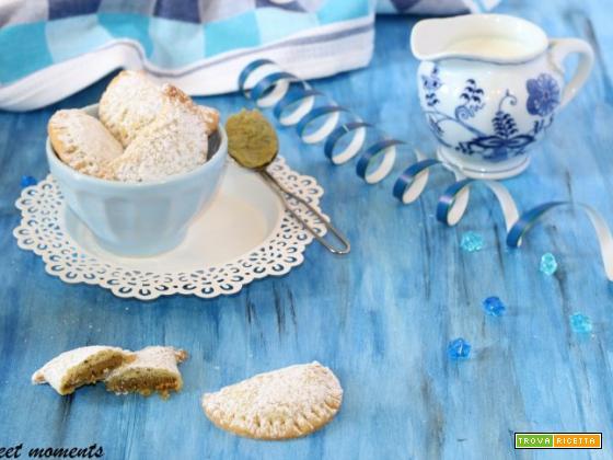 Ravioli di pasta frolla con pistacchio