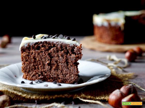 Torta al Cioccolato, Nocciole e Cioccolato Bianco