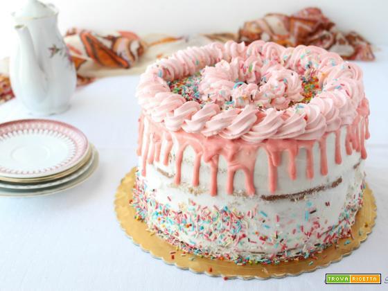 Chiffon drip cake alla nutella e chantilly