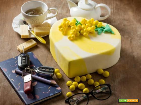 Ed ecco la torta per la Festa della Donna . Onoriamo questa ricorrenza