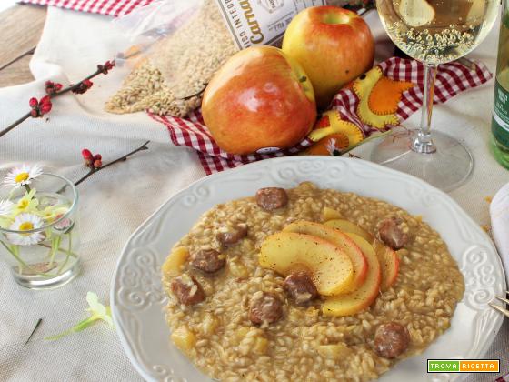 Riso Carnaroli Integrale con mela, salsiccia e prosecco