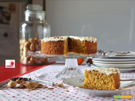 Carrot Cake con Crema di Formaggio e Mandorle