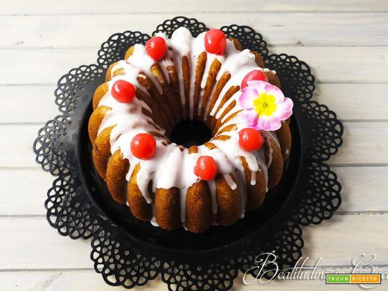 Bundt cake alla panna e ciliegie