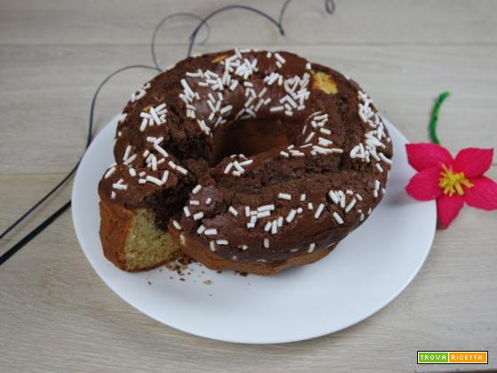 Ciambella panna e cioccolato