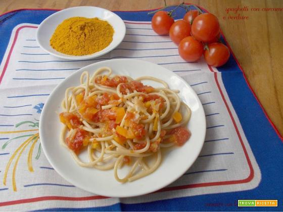 Spaghetti con curcuma e verdure
