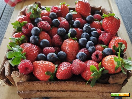 Torta cassetta ai frutti di bosco