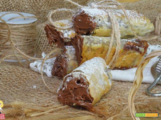 Sigari di Pasta Fillo CIOCCOLATO e NUTELLA dolce veloce