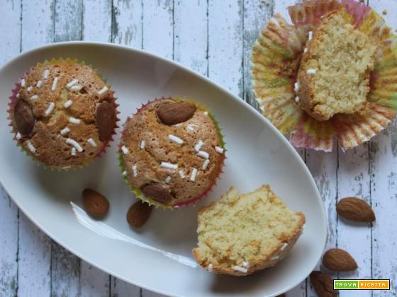 Muffin alle mandorle glassati