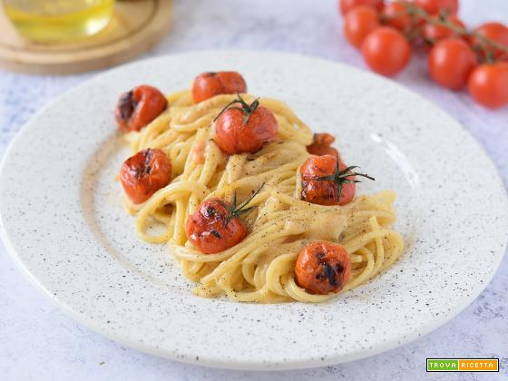 Pasta al Parmigiano e Pomodorini Grigliati