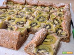 Torta proteica di kiwi senza grassi e senza glutine