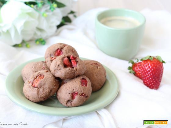 Biscotti al cacao e fragole