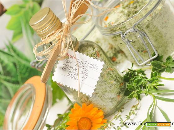 Sale marino integrale aromatizzato alle 10 erbe