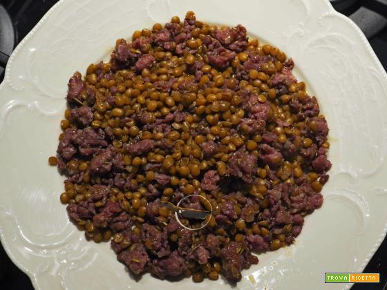 Pasta di salame e lenticchie…