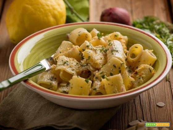 Pasta al profumo di coriandolo e limone: fresca bontà