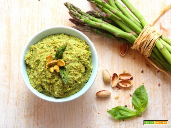 Pesto di asparagi e pistacchi
