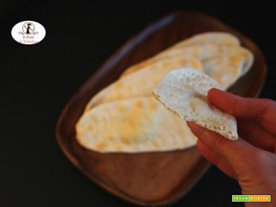Lingue di pasta matta in friggitrice ad aria, detti anche crackers dell'ultimo minuto perché ho dimenticato il pane!
