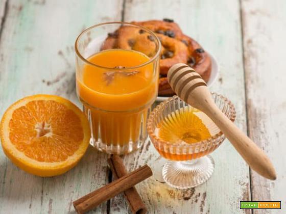 Succo di olivello spinoso e arancia, un cocktail delicato