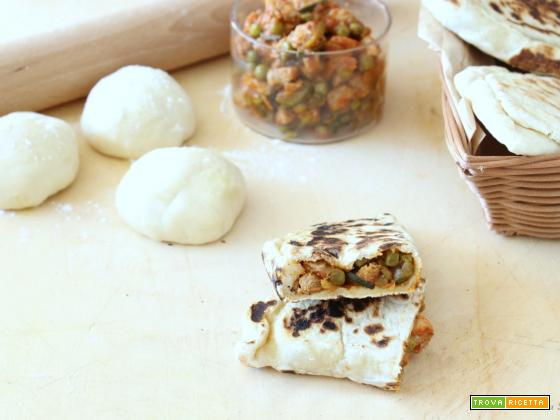 Calzoni con carne e verdure in padella