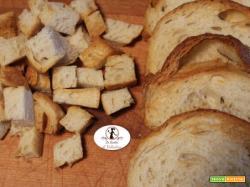 Impariamo ad usare la friggitrice ad aria: fette e crostini di pane tostati