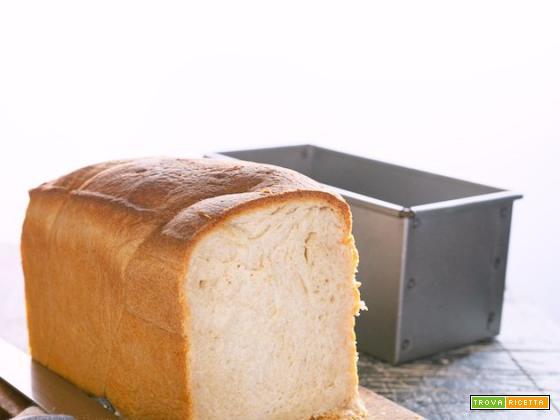 Pancarrè con pasta madre: il pane in cassetta jolly