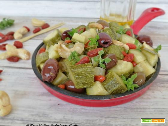 Zucchine saltate alle bacche di goji e anacardi