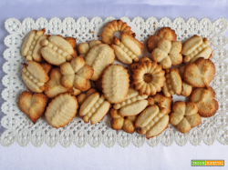 Biscotti senza latte e uova